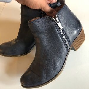 Lucky Brand size 7 Indigo Blue ankle boot